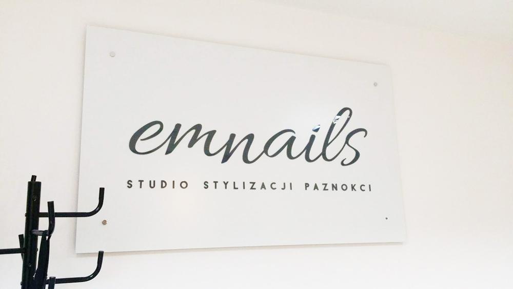 logo na ścianę studio stylizacji paznokci