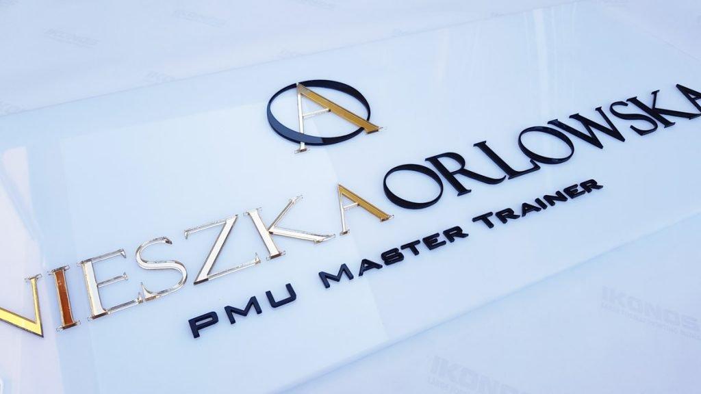 logo 3d złote litery