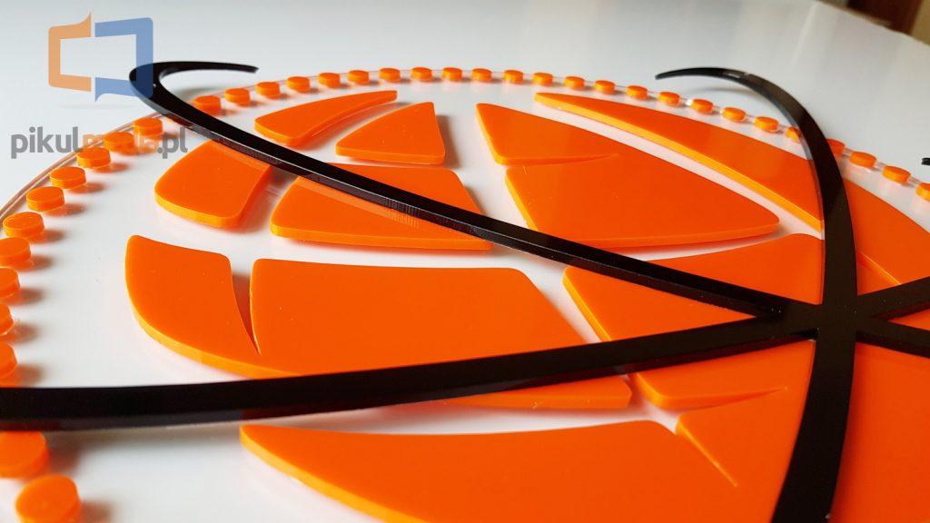 cięcie plexi na logo 3d