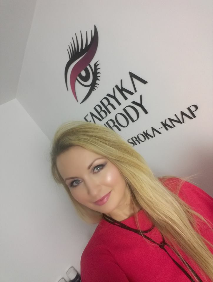 logo na ścianę do salonu urody dla kosmetyczki