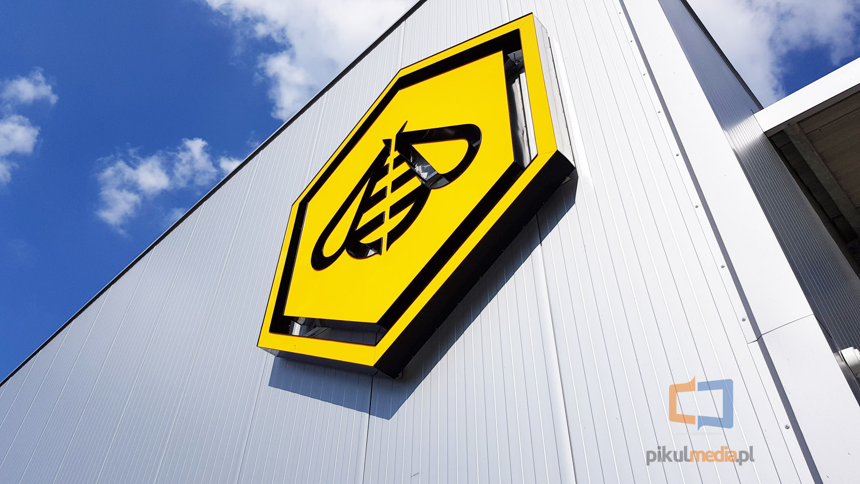 logo 3d na budynek