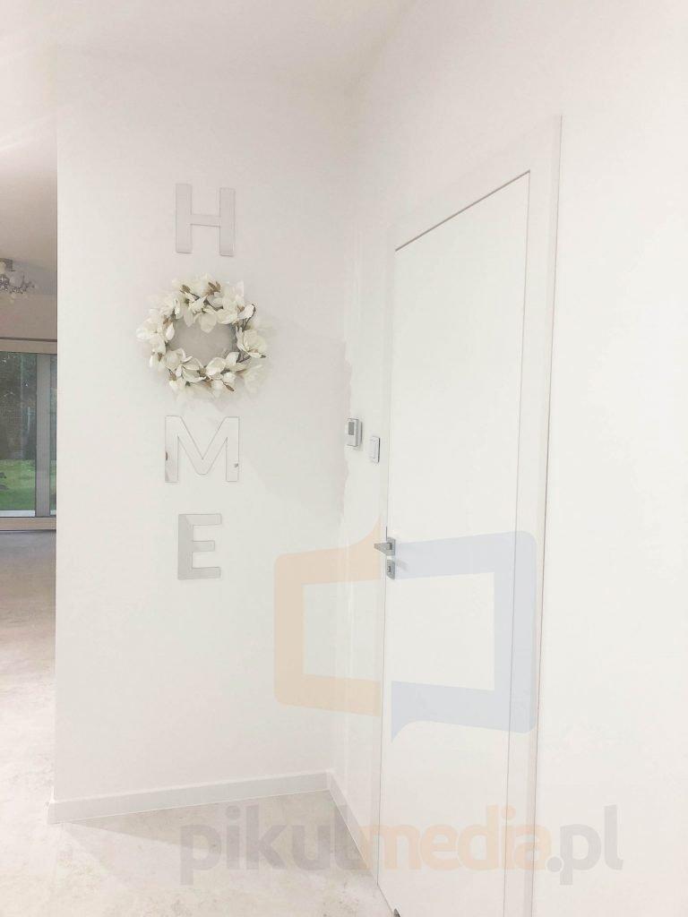 litery 3d na ścianę