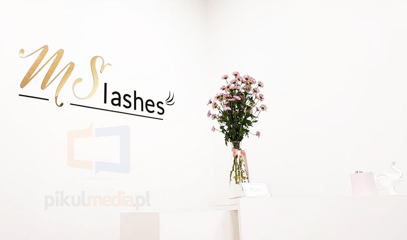 lashes litery 3d